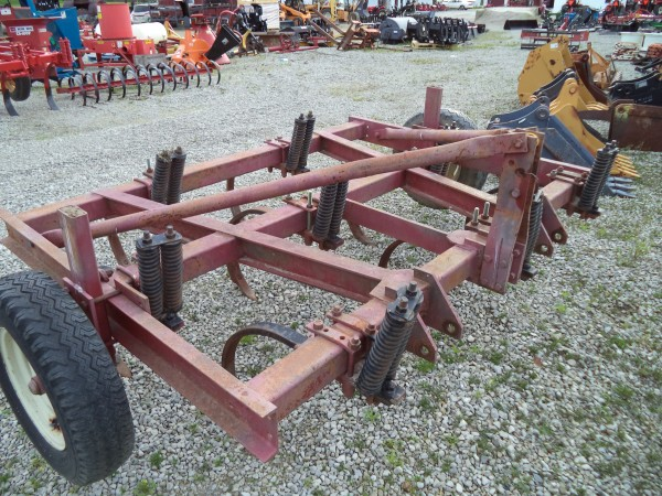 Used HD Chisel Plow