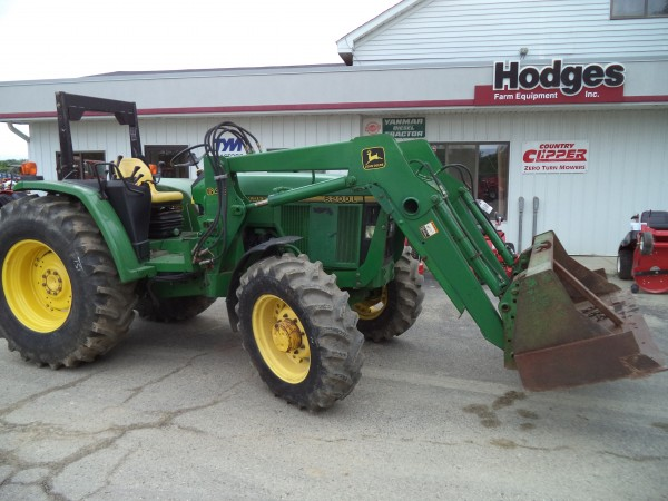 Used JD 6200L Tractor w/Loader- 4WD