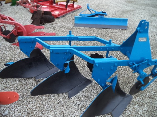 Used Ford 3 Bottom Plow