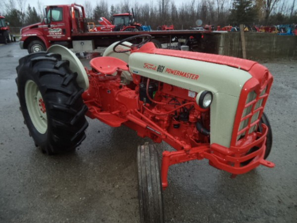 Used Ford 861 Tractor- 2WD