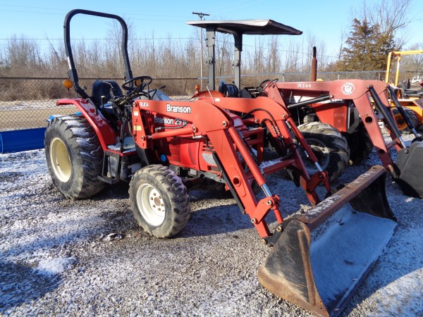 Used Branson 2910 Tractor w/Loader- 4WD