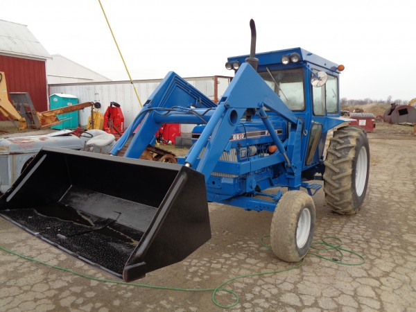 Used Ford 6610 Cab Tractor w/Loader- 2wd