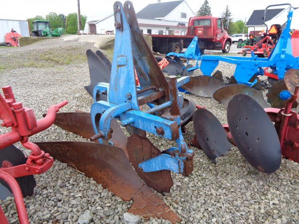 Used 2x10 Plow w/coulters