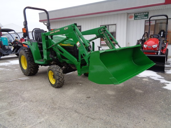 Used JD 4210 Tractor w/Loader- 4WD